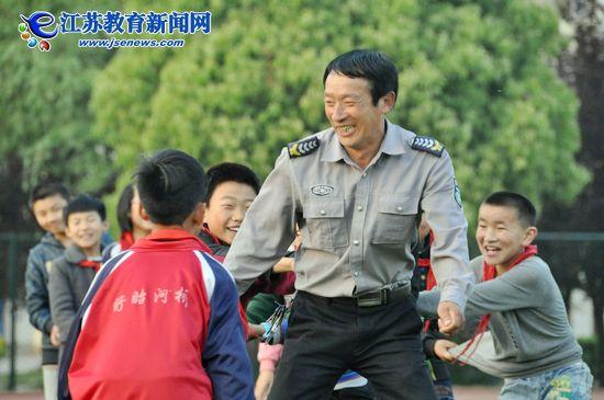 """""""传奇""""老王的三十年(图)"""