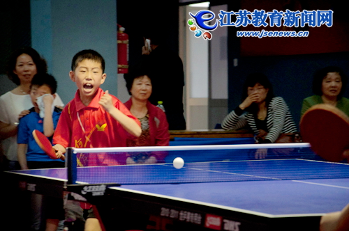 如皋何庄团体:小学冠军乒乓球赛勇夺男子(图)小学长征上海市图片