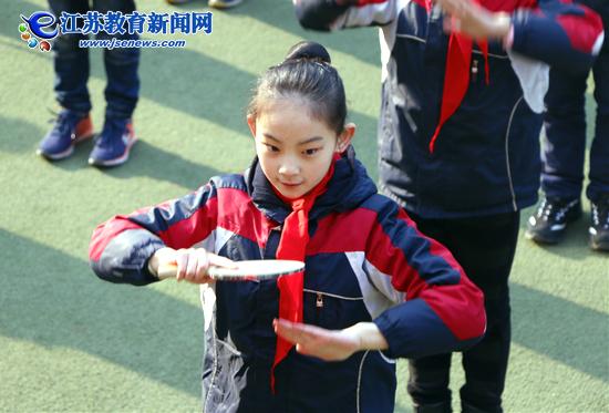百年少华迎宾客 乒乓特色展风采(图)