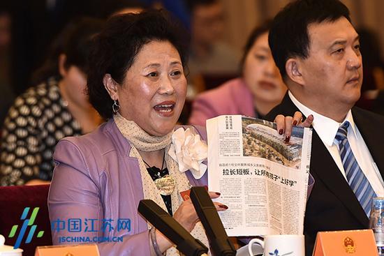 南外朱善萍代表建议:高校选拔打破一考定终身(图)